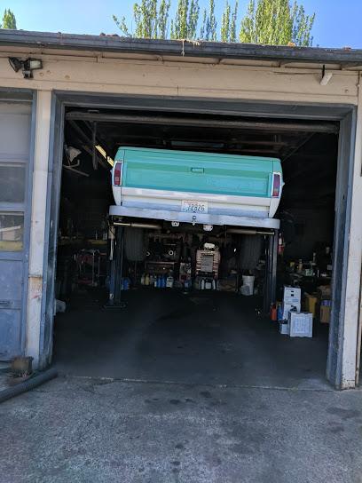 Tomoko Auto Care Center